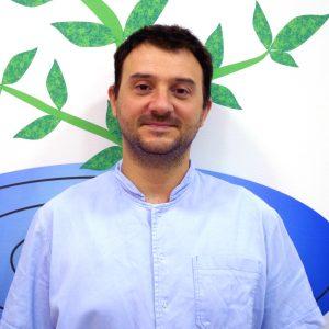Nikola Radosavljević magistar farmacije medicinski biohemičar vlasnik centra za pravi tretman u Požarevcu
