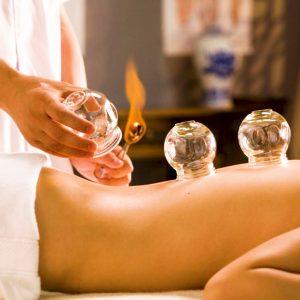 Tretman tela ventuzama tradicionalnom kineskom metodom u centru za pravi tretman Požarevac